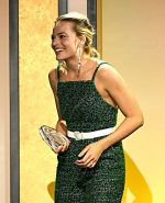 Margot Robbie In Chanel @ 2020 Producers Guild Awards
