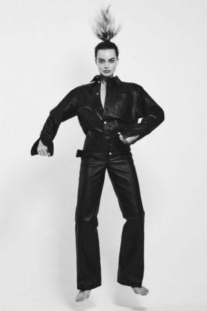 margot-robbie-in-bottega-veneta-for-v-magazine-spring-2020-photoshoot