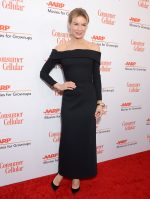 Renée Zellweger In Louis Vuitton @ The AARP Awards 2019
