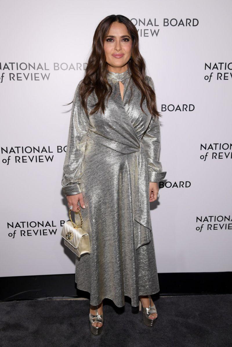 salma-hayek-in-jonathan-simkhai-2020-national-board-of-review-gala-in-new-york