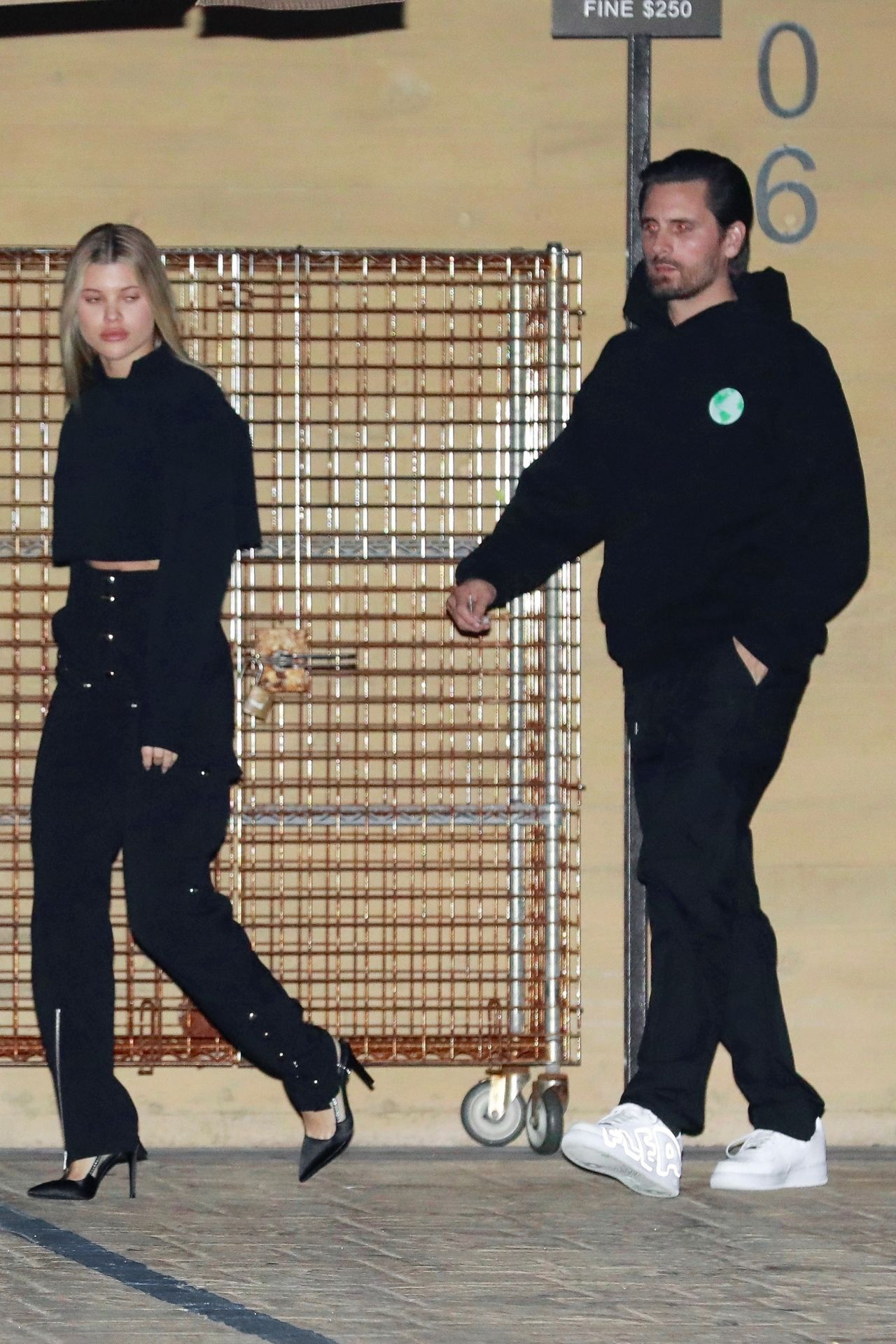 sofia-richie-and-scott-disick-nobu-restaurant-in-malibu