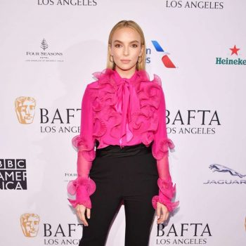 jodie-comer-in-prabal-gurung-bafta-los-angeles-tea-party-2020