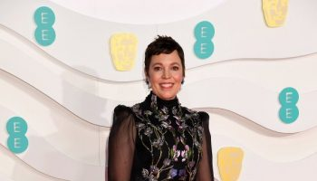 olivia-colman-in-alexander-mcqueen-2020-ee-british-academy-film-awards