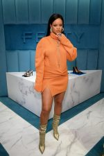 Rihanna Celebrates   Fenty Presentation @ Bergdorf Goodman