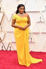 Mindy Kaling In Dolce & Gabbana @ 2020 Oscars