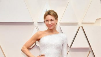 renee-zellweger-in-armani-prive-2020-oscars