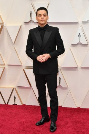 rami-malek-in-saint-laurent-by-anthony-vaccarello-2020-oscars