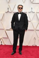 Joaquin Phoenix  In Stella McCartney @ 2020 Academy Oscars