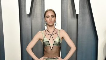 suki-waterhouse-in-fendi-couture-2020-vanity-fair-oscar-party
