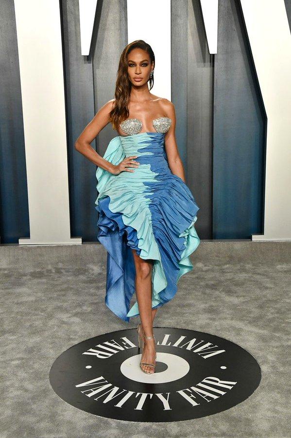 joan-smalls-in-schiaparelli-couture-2020-vanity-fair-oscar-party