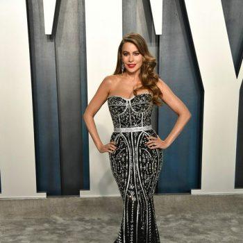 sofia-vergara-wore-a-dg-crystal-embellished-mermaid-gown-joe-manganiello-wore-an-ermenegildozegna-made-to-measure-tuxedo-to-the-2020-vanity-fair-oscar-party-oscars2020-oscars-theoscars