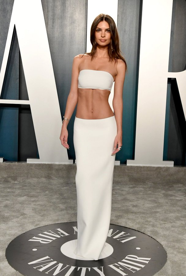 emily-ratajkowski-in-inamorata-2020-vanity-fair-oscar-party
