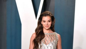hailee-steinfeld-in-prada-2020-vanity-fair-oscar-party