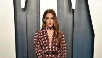 riley-keough-in-louis-vuitton-2020-vanity-fair-oscar-party