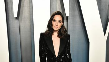 gal-gadot-in-saint-laurent-2020-vanity-fair-oscar-party