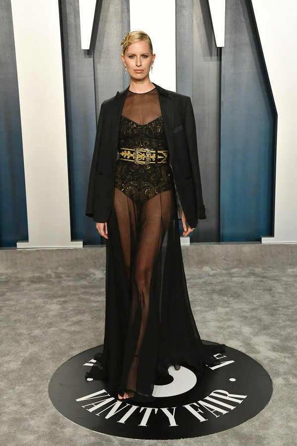 karolina-kurkova-in-etro-2020-vanity-fair-oscar-party