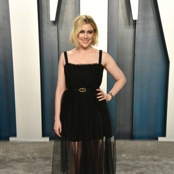 greta-gerwig-in-christian-dior-2020-vanity-fair-oscar-party