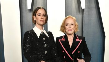 sarah-paulson-in-andrew-gn-2020-vanity-fair-oscar-party