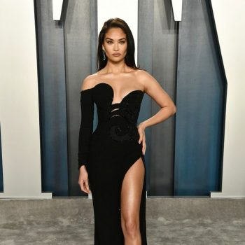 shanina-shaik-in-nicolas-jebran-2020-vanity-fair-oscar-party