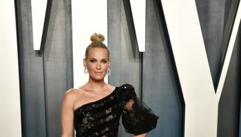 molly-sims-in-georges-chakra-couture-2020-vanity-fair-oscar-party