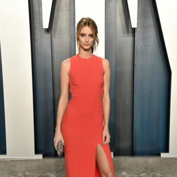 kate-bock-in-elie-saab-2020-vanity-fair-oscar-party
