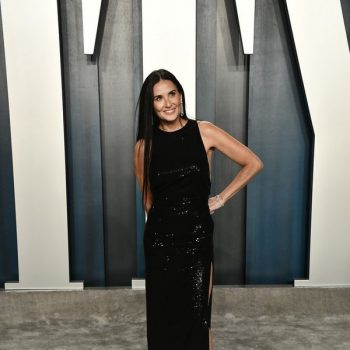 demi-moore-in-saint-laurent-2020-vanity-fair-oscar-party