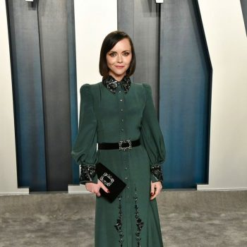 christina-ricci-in-gherardo-fellon-2020-vanity-fair-oscar-party