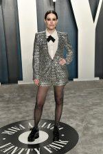 Emily Hampshire  In Zara  @ 2020 Vanity Fair Oscar Party