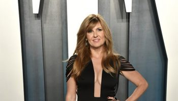connie-britton-in-hamel-2020-vanity-fair-oscar-party
