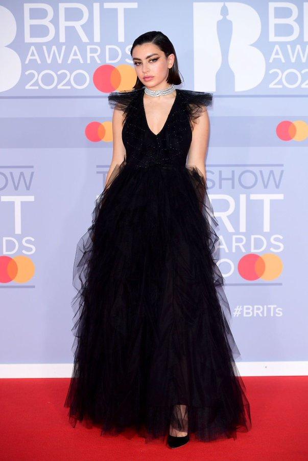 charli-xcx-in-fendi-2020-brit-awards