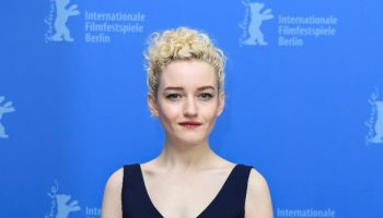 julia-garner-in-ralph-lauren-the-assistant-berlinale-film-festival-photocall