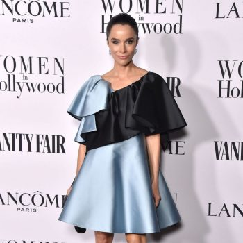 abigail-spencer-in-dice-kayek-vanity-fair-and-lancome-women-in-hollywood-celebration