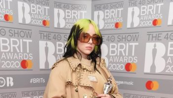 billie-eilish-in-burberry-2020-the-brit-awards