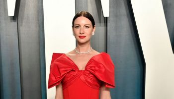 caitriona-balfe-in-prabal-gurung-2020-vanity-fair-oscar-party