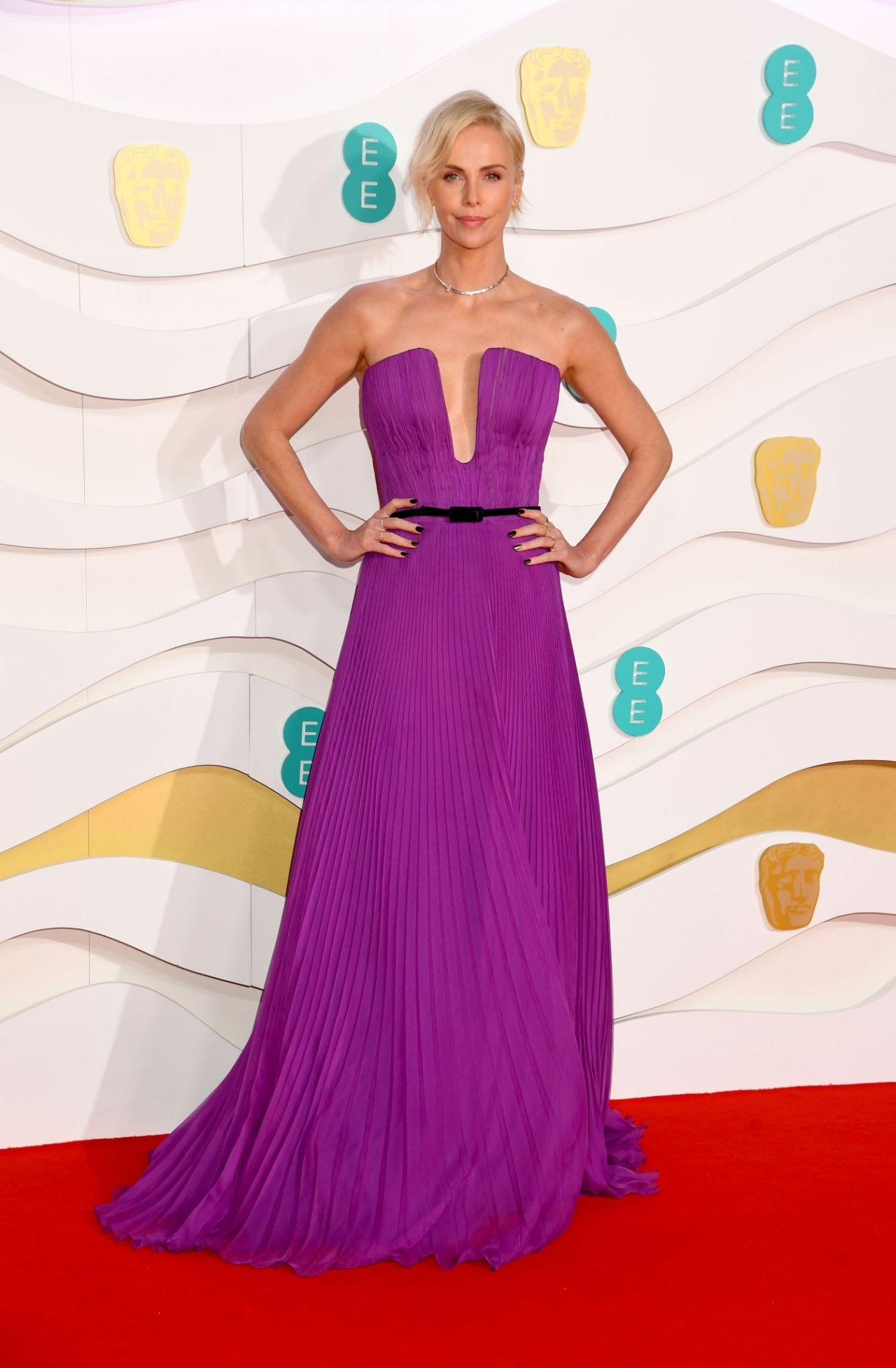 charlize-theron-in-christian-dior-haute-couture-2020-ee-british-academy-film-awards