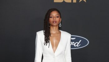 chloe-bailey-in-sally-lapoint-2020-naacp-image-awards