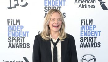 elisabeth-moss-in-co-2020-film-independent-spirit-awards