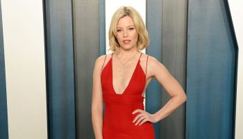 elizabeth-banks-in-badgley-mischka-2020-vanity-fair-oscar-party