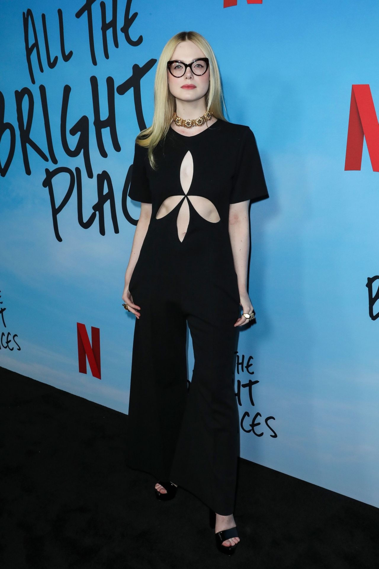elle-fanning-in-gucci-special-screening-of-netflixs-all-the-bright-places