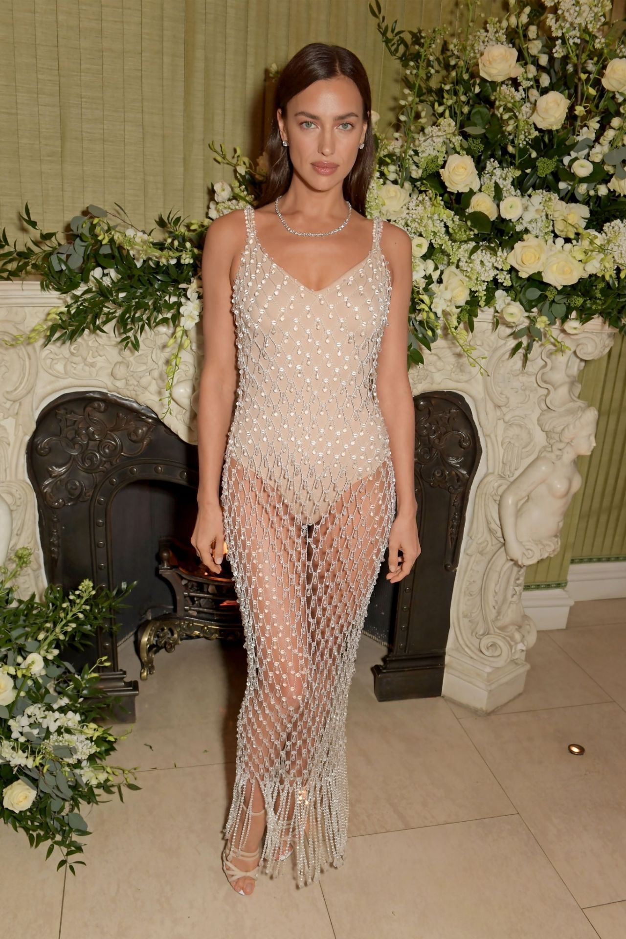 irina-shayk-in-burberry-bafta-vogue-x-tiffany-fashion-and-film-afterparty-in-london
