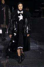 Irina Shayk  On The Runway Burberry   AW 20 London Fashion Week Show