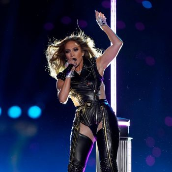 jennifer-lopez-in-versace-performs-during-the-super-bowl-2020-halftime-show