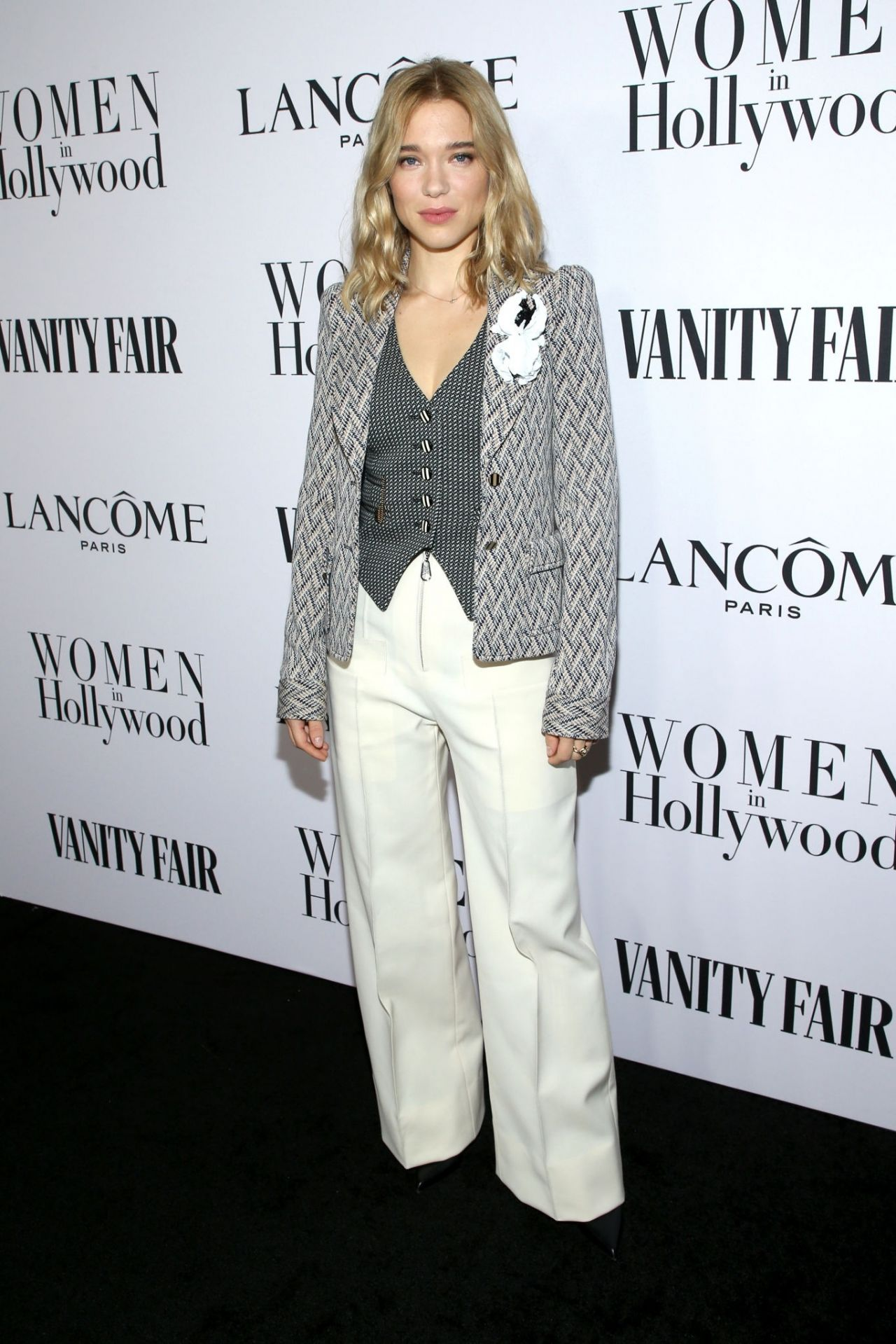 lea-seydoux-in-louis-vuitton-vanity-fair-and-lancome-women-in-hollywood-celebration