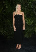 Margot Robbie In Chanel @  Charles Finch and Chanel Pre-Oscar Awards 2020 Dinner