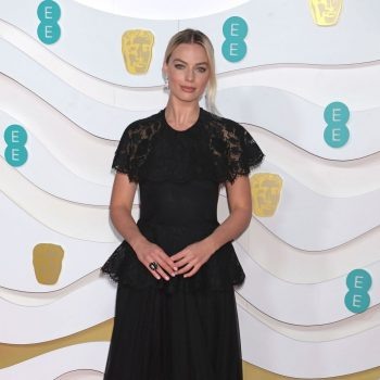 margot-robbie-in-chanel-2020-ee-british-academy-film-awards