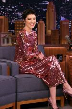 Mary Elizabeth Winstead In   Preen @ The Tonight Show Starring Jimmy Fallon