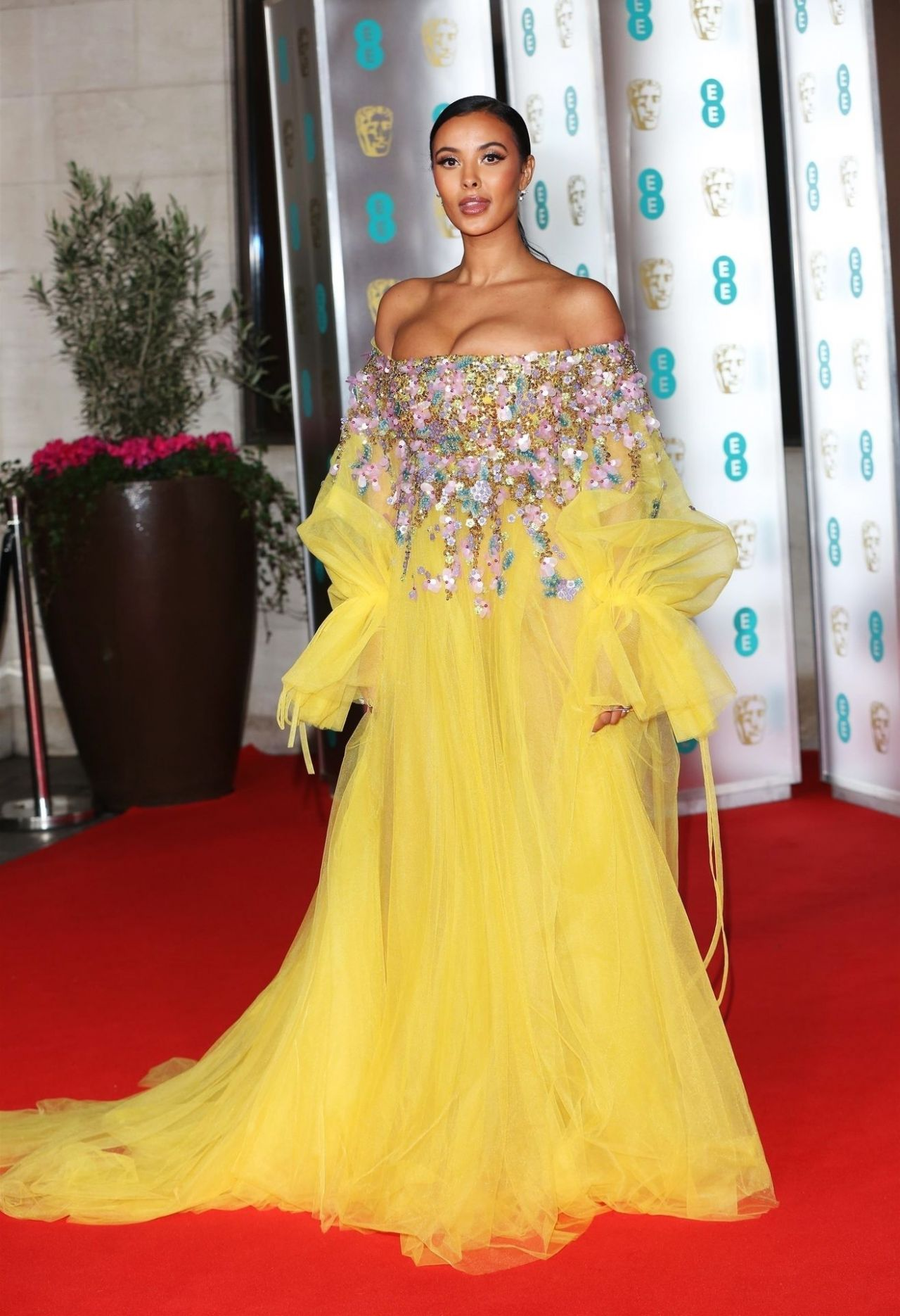 maya-jama-in-azzi-osta-ee-british-academy-film-awards-after-party-in-london