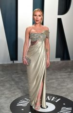 Scarlett Johansson  In Oscar De La Renta @ 2020 Vanity Fair Oscar Party