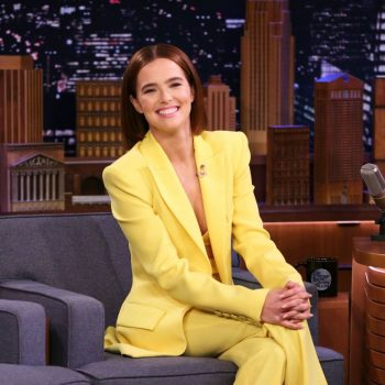 zoey-deutch-in-alex-perry-the-tonight-show-starring-jimmy-fallon
