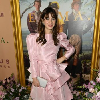 zooey-deschanel-in-pink-ruffled-dress-emma-la-premiere